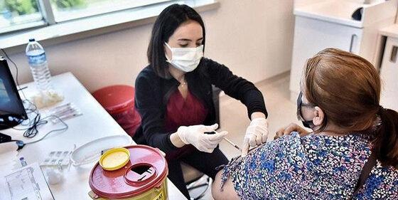 33M Covid-19 vaccine shots given in Turkey